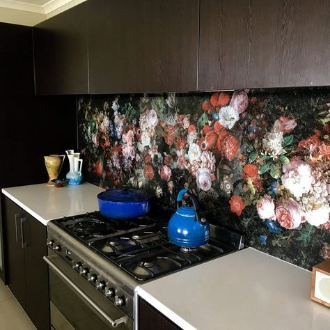 Sklenená kuchynská zástena